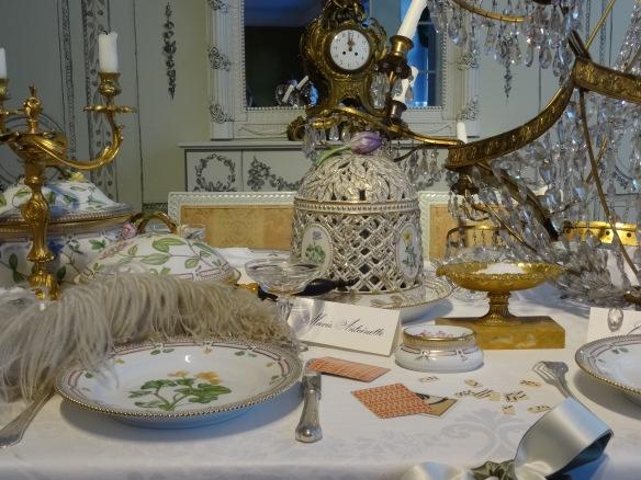 Royal copenhagen christmas tables dejlige days